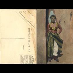 Tunisie - Scenes et types - Femme de tribu en costume