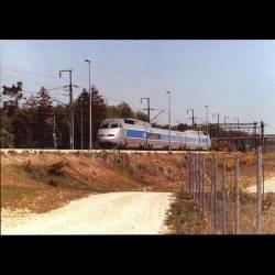 28 - Dangeau - Rame TGV A 325 quitte le PRS de Dangeau en direction de Paris après des essais à plus de 485km/h vers Ven