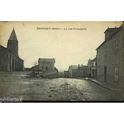 03 - Tronget - La rue principale