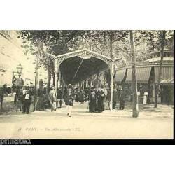 03 - Vichy - Une allee couverte