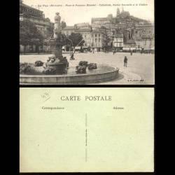 43 - Le Puy - Place et fontaine Michelet - Cathédrale Rocher Corneille et le th