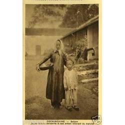 Cochinchine -Saïgon -Jeune femme annamite et son enfant
