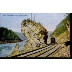 CANADA - GIANT ROCK IN THE GORGE - NIAGARA - TRAIN