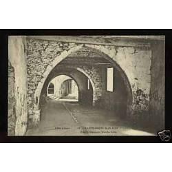 06 - Villefranche sur mer -Ruelle Obscure Vieille ville