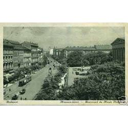 Hongrie - Budapest - Boulevard du Musee National
