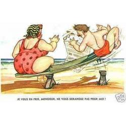 A la plage - Je vous en prie Monsieur , ne vous...