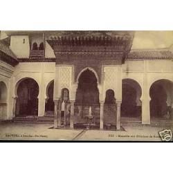 Maroc - Fez - Mausolee aux ablutions de Karouine