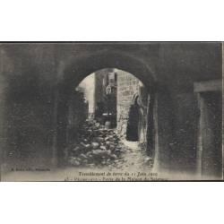 13 - Pelissanne - Porte de la maison du seigneur