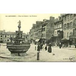 22 - Guingamp - Place du centre - La fontaine