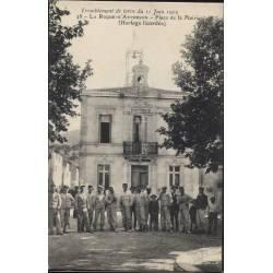 13 - La Roque d'Antheron - Place de la mairie
