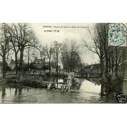 10 - Troyes - Vanne du Pouce et Pont de l'Abattoir