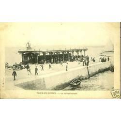 14 - Port en Bessin - La Poissonnerie