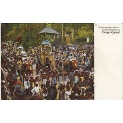 Ceylan - Kandy - Procession Boudhiste