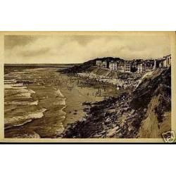 62 - Le Portel - La plage et les falaises