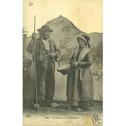 63 - L'Auvergne - Deux paysans auvergnats