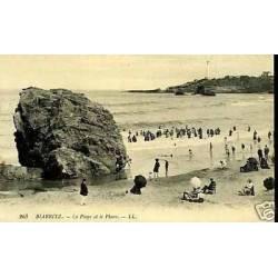 64 - Biarritz - La plage et le phare