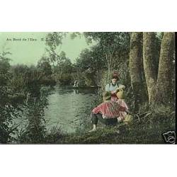 A la campagne - Pique-nique au bord de l'eau