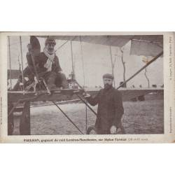 Paulhan, gagnant du raid Londres-Manchester sur biplan Farman