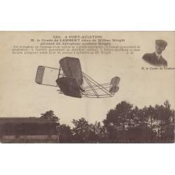 Le comte de Lambert élève de Wright pilotant...