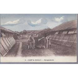 10 - Camp de Mailly - Baraquements et canon