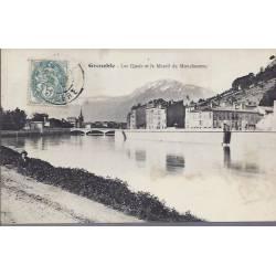 38 - Grenoble - Quais et massif du Moucherotte