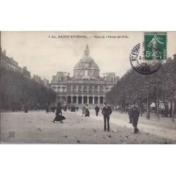 42 - St Etienne - Place de l'Hotel de ville