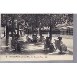 52 - Bourbonne les Bains - Un coin du Parc - animé