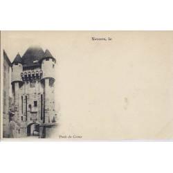 58 - Nevers - Porte du Croux - Dos non divisé