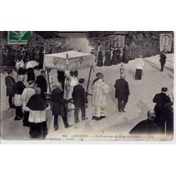 65 - Lourdes - Procession du St. Sacrement