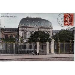 69 - Lyon - Faculté de médecine - L'université