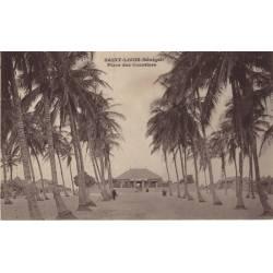 Senegal - St. Louis - Place des cocotiers