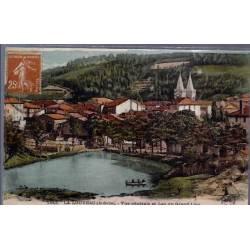 07 - La Louvesc ( Ardèche ) - Vue générale et lac du grand Lieu - Voyagé - Dos