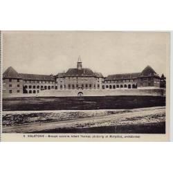 19 - Egletons - Groupe scolaire Albert Thomas ( Auberty et Merpillat, architec