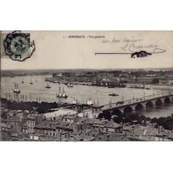 33 - Bordeaux - Vue générale - Voyagé - Dos divisé