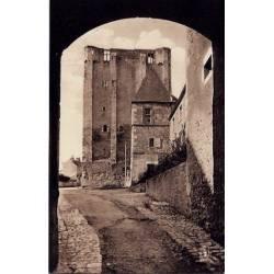 45 - Beaugency - La tour de César - Voyagé - Dos divisé