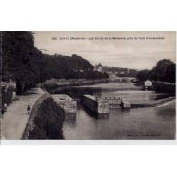 53 - Laval - Les bords de la Mayenne - Pris du pont d'Avasnières - Voyagé - Do