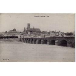 58 - Nevers - Pont de Loire - Voyagé - Dos divisé