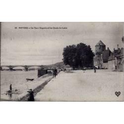 58 - Nevers - La tour Goguin et les quais de Loire - Voyagé - Dos divisé