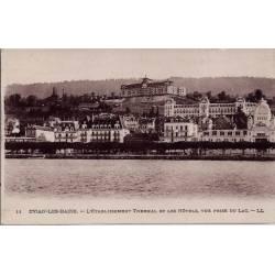 74 - Evian-les-Bains - L'établissement thermal et les hôtels - Vue prise du la