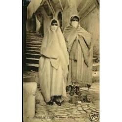 Algerie - Femmes arabes voilees