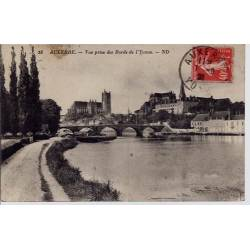 79 - Auxerre - Vue prise des bords de l'Yonne - Voyagé - Dos divisé