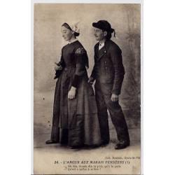 85 - L'amour aux marais vendéens -un couple en costumes d'époque - Voyagé - Do