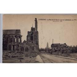 02 - Soissons - La rue de la Buerie vers la Cathédrale, en 1920 - Non voyagé...