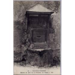 02 - Château-Thierry - Maison de Jean de la fontaine - Le puit - Voyagé - Do...