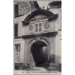 02 - Laon - Porte de l'ancien Hôtel de ville - Voyagé - Dos divisé...