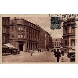 08 - Sedan - Place Goulden- Voyagé - Dos divisé...