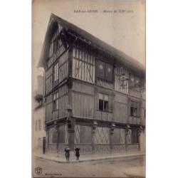 10 - Bar-sur-Seine - Maison du XIVeme siècle - Voyagé - Dos divisé...
