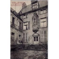 10 - Troyes - Hôtel des Ursins - Non voyagé - Dos divisé...