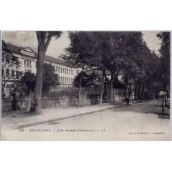 16 - Angoulême - Ecole normale d'instituteurs- Voyagé - Dos divisé...