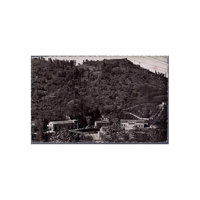 19 - Le Saillant - Les usines - Non voyagé - Dos divisé...